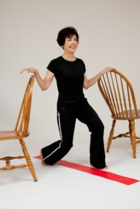 reverse lunge between chairs 2