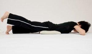 alternating leg lifts prone