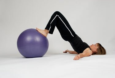 hip raise exercise