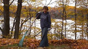 raking leaves safety tips melioguide physiotherapy