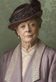 does lady grantham have a dowager's hump?